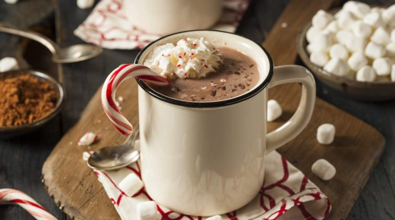 Healthy Peppermint Mocha - Slender Kitchen