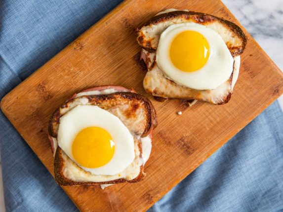 20 Hangover-Busting Breakfast Recipes for New Year...