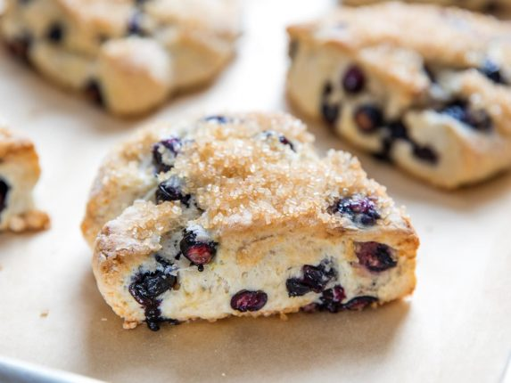 25 Low-Sugar Baking Projects for Not-Too-Sweet Tre...